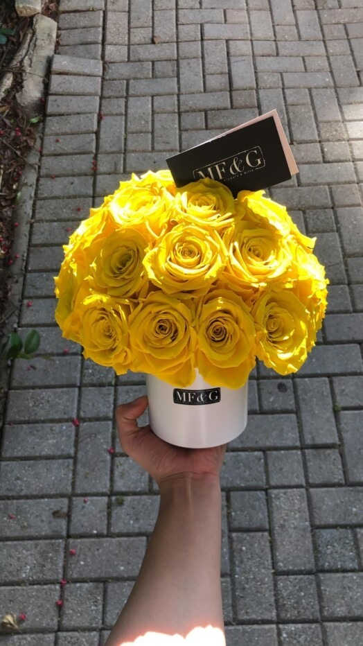 vases full of flowers mf&g