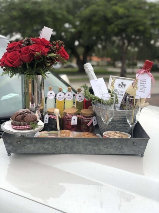 Mimosa bar Christmas edition service