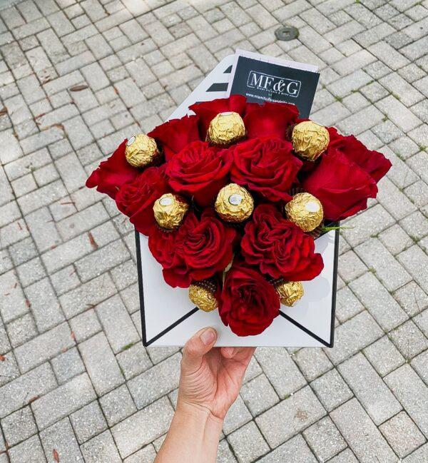 Mini flower envelope Love me