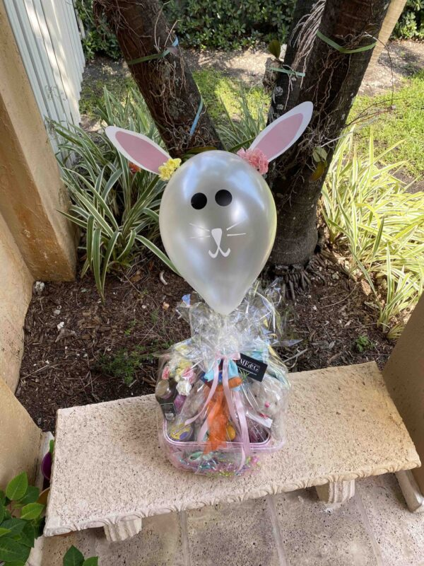 Easter basket flowery spring balloon